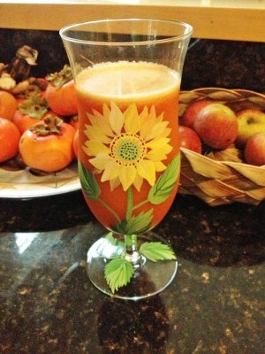 persimmon and apple juice