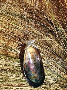 Mussel pendant