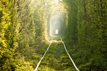 tunnel-of-love-ukraine-fairytale