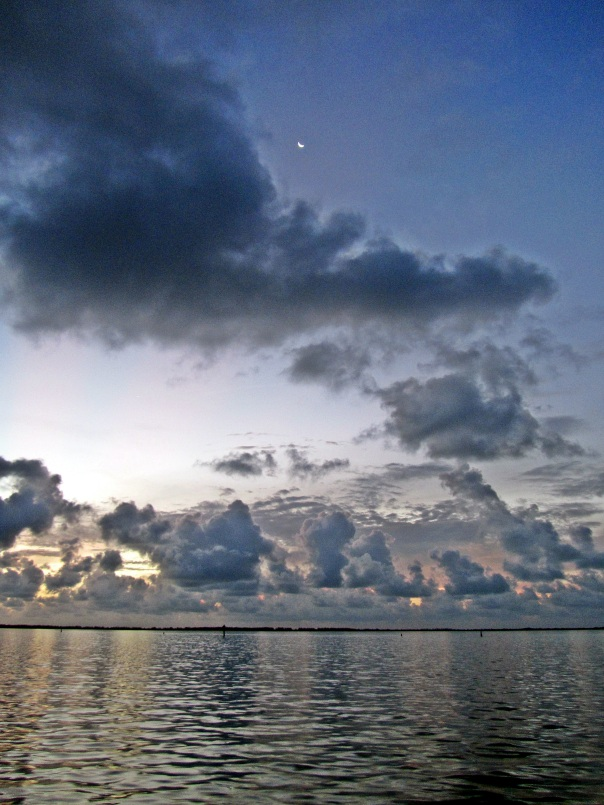 approaching new moon in bimini