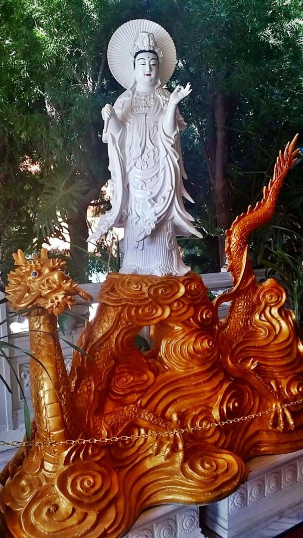 buddhist temple2