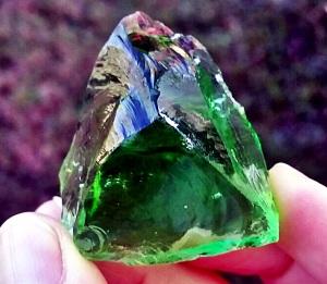 luminescent green andara (1)