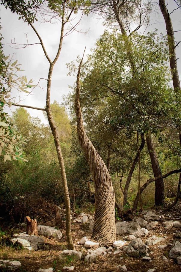 A Mysterious & Enchanted Wonderland of Organic Sculptures in the Deep Woods Woods-sculpture