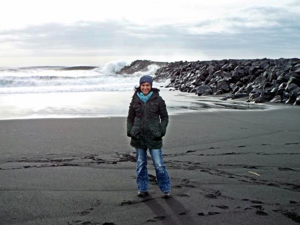 black sand beach2