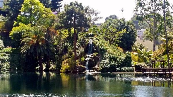 lake shrine2