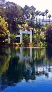 lake shrine3