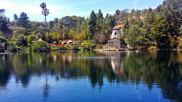 lake shrine4