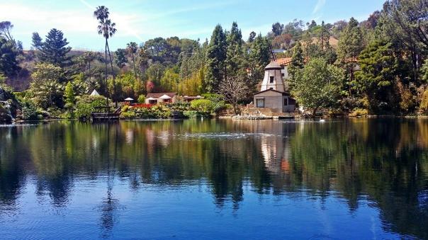 lake shrine4