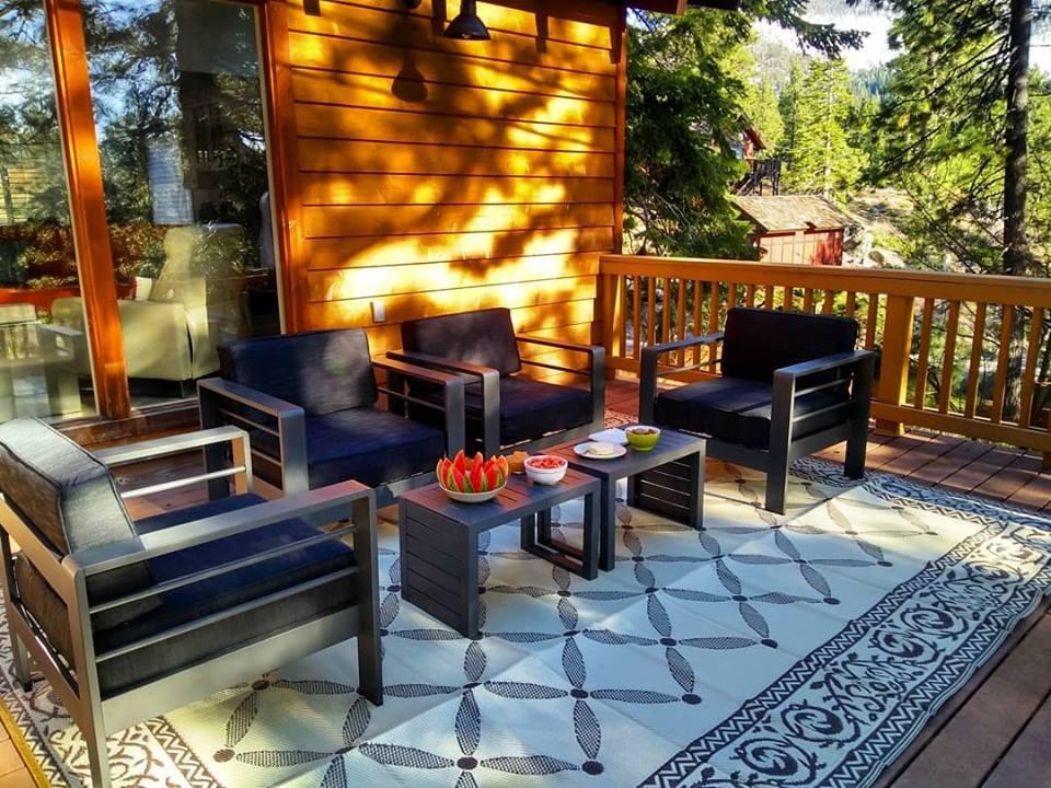 deck furniture.jpg